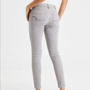American Eagle Gray Skinny Jegging Jeans
